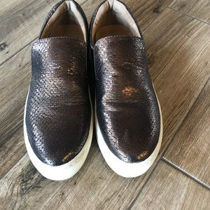 J/Slides Harry slip on bronze embossed leather 7.5